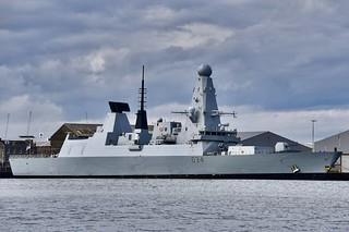 HMS Diamond - Aberdeen Harbour Scotland - 11/8/18