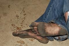 dirty city feet 609 (dirtyfeet6811) Tags: feet soles barefoot toes dirtyfeet dirtysoles blacksoles dirtytoes cityfeet