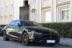 Maserati Ghibli (Alexandre Prévot) Tags: voiture european cars automotive automobile exotics exotic supercars supercar worldcars nancy lorraine france 54 54000 auto car berline sport route transport déplacement parking luxe grandestsupercars ges meurtheetmoselle