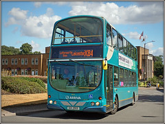 Arriva Midlands 4013 (Jason 87030) Tags: arriva midlands hinkcleybus 4013 wright volvo gemini rugby town roundabout warwickshire shadow light doubledecker x84 turquoise lutterworth leicester service route july 2018 b7tl uui2905 buses wheels transport
