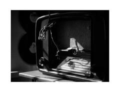 The old-timer. (GlebLv) Tags: sony a6000 sel50f18 bw nb monochrome radio oldtimer kolomna museum коломна музейколоменскийпатефон