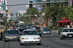 Las Vegas Boulevard, Las Vegas, October 25th 2004 (Southsea_Matt) Tags: lasvegas nevada usa unitedstatesofamerica october 2004 autumn canon 10d lasvegasboulevard thestrip traffic
