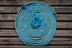 Ensō (Lensjoy) Tags: lensjoy zen meditation circle circleofenglightenment rope blue coil texture threads
