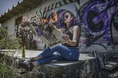 Aime (David Corona Fotografía ( draco_66 )) Tags: model beautiful girl mujer sesion retrato zacatecas draco davidcorona flowers flores mezclilla morado purple guapa bella bonita femme fotografia nikon d7000