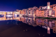 Ponte vecchio di notte (RobMenting) Tags: 70d building water city italia canon canoneos70d arno eos tuscany travel river firenze architecture italy italië europe florence toscana it