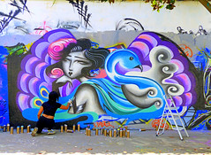 """Street artist"" rue H. Noguères (Raymonde Contensous) Tags: paris ruehenrinoguères streetart art tags rues urbanart personnes streetlife"