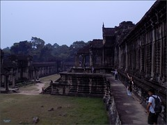 Angkor Wat 20180202_064819 DSCN2380 (CanadaGood) Tags: asia seasia asean cambodia siemreap angkor angkorwat temple people person tree stairs building architecture archaeology canadagood 2018 thisdecade color colour morning buddhist hindu khmer