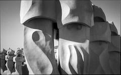 img257 (Jurgen Estanislao) Tags: jurgen estanislao barcelona spain casa mila la pedrera gaudi architecture analog film street black white monochrome photography voigtlaender bessa r4m colorskopar 28mm f35 eastman double x kodak hc110 g