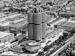 BMW-Werk München (schasa68) Tags: bmw münchen munich deutschland germany schwarzweis blackwhite stadt city trip architecture building gebäude aussicht
