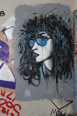 Sonj_8398 boulevard du Général Jean Simon Paris 13 (meuh1246) Tags: streetart paris boulevarddugénéraljeansimon lelavomatik paris13 sonj lunettesnoires