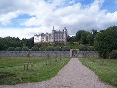 Dunrobin Castle, Sutherland, July 2018 (allanmaciver) Tags: dunrobin castle golspie sutherland east coast great houses major atourist attraction boundary wall tractor viewpoint trees gardens tureets french chateau style allanmaciver
