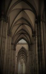 Köln: places of spirit. Dom (Christopher DunstanBurgh) Tags: köln cologne colonia kirche kathedrale romanik gotik stgereon stmariaimkapitol