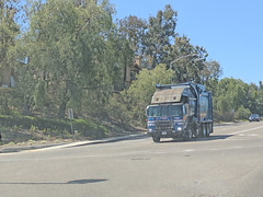 Republic Services Truck 6-22-18 (1) (Photo Nut 2011) Tags: california garbage sanitation waste junk truck trash trashtruck garbagetruck wastedisposal republicservices sandiego ranchobernardo 1365