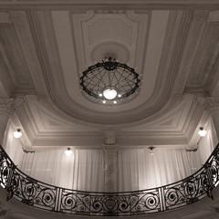 Mincuzzi (Jutta Vollmer) Tags: bari architecture artnouveau italy ceiling pentaxk3 juttavollmer light