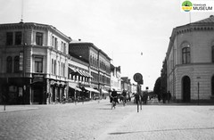 tm_4614 - Filipstad, Värmland 1943 (Tidaholms Museum) Tags: svartvit positiv stadsvy 1943 filipstad värmland semesterresa