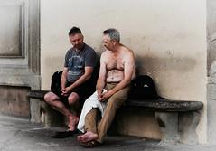 Accaldati (sladkij11) Tags: streetfotofirenze uffizi estate caldo sudore commonpeople piede foot sweat hot firenze leicam9 summilux50mmf14 streetphotography
