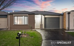 11 Tyndall Street, Cranbourne East VIC