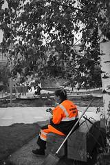 Summer in Moscow; too hot to work. Zaryadye Park / Парк Зарядье (Rudike) Tags: summerinmoscow zomerinmoskou summertime uitrusten takeabreak park zaryadyepark russland rusland russia moskau moscow moskou россий паркзарядье москва