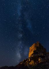 Castillo de Cabrera (carloscarriónsánchez) Tags: isla cabrera baleares mallorca estrellas stars víaláctea milkyway noche night largaexposición castillo