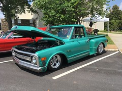 70 Chevy C10 (Two Sprints) Tags: 5speed bigblock 496 hezieshotrods hezie 1970 stepside pickup chevrolet c10 carshow car show dahlonega july4th