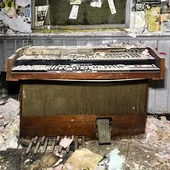 Dust it off... Partridge Famiky hehearsal in 5! (neilsharris) Tags: