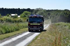 DSC_6802 (matthewleggott) Tags: humberside fire rescue service engine appliance smoke incident flames north newbald market weighton east riding yorkshire yj54ehw scania emergency one
