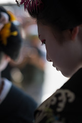 sentiment (byzanceblue) Tags: kyoto maiko geisha geiko kagai japan japanese woman girl female beauty cute beautiful 京都 kimono gion dance lovely 舞妓 舞踊 traditional kanzashi formal 祇園 black 花街 white color colour flower nikkor background people photo portrait professional lady lovery 芸妓 着物 bokeh red traditonal summer natural 祇園甲部 祇をん ぎをん fresh shadow 黒紋付 shirt 福嶋 mizuno