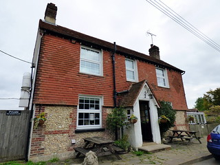 GOC Cholesbury to Chartridge 012: Blue Ball pub, Asheridge