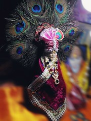 My God, My Guru..😇 Love u sai..😘 Jai Sai Ram..🙇 Om Sai Ram..🙌 Baba ji bless us all..🙏🙇 Happy Thursday..😊 #photography . . . . #om#sai#ram#saibaba#jai#baba#shirdi#temple#athome#devotional#photoshoot#ph (carkguptaji) Tags: bhakt photographerlife sai om muslim athome crown photographylife baba ram religious unity dress sikh temple devotional isai loveu shirdi saibaba photography jai photoshoot hindu colorful love feather photographer religion pinterest