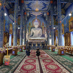 Estatua de Buda en el Wat Rong Suea Ten (Templo Azul), Chiang Rai, Tailandia thumbnail