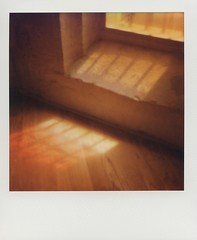 Arles (fabien hoyois) Tags: impossibleproject polaroidoriginals polaroid polaroidsx70 polaroid600 polaroïd france arles analog analogphotography analogphotographer filmisnotdead filmphotography