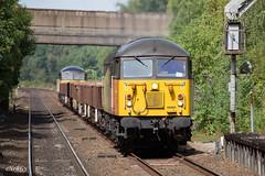 56094 (56090) Conisbrough (deltic17) Tags: class56 grid diesel heritagediesel locomotive loco locohauled colas colasrail freight train freighttrain 56090 56094 southyorkshire conisbrough rail railway canon canon5dmk3