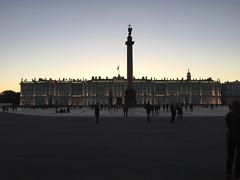 Vinterpalasset (Herluf Nymoen) Tags: stpetersburg vinterpalasset kveld stpetersburgturen sanktpeterburg saintpetersburg russia ru