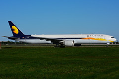 VT-JES (Jet Airways) (Steelhead 2010) Tags: jetairways boeing b777 b777300er yyz vtreg vtjes
