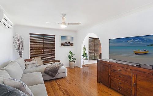 9 Macauley Rd, Bateau Bay NSW 2261