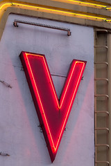 V (josullivan.59) Tags: 2018 artistic bc britishcolumbia canada canon6d may tamron150600 vancouver abstract color detail downtown evening geometric historic light minimalism neon outdoor outside red sign telephoto white yellow