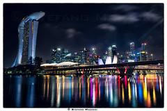 The magic of Singapore (Stefano Mazzoni) Tags: ©stefanomazzoni singapore nikon d800 night lights marinabaysands asia longexposure landscape skyline art nikkor sea water nature nationalgeografic natgeo stefanomazzoni colours color nightscape street fineart fuji