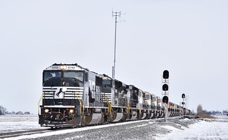 NS 117 with 14 former Burlington Northern SD70MAC PRLX units to be leased to the NS while they have their SD70's to upgraded SD70ACC's