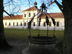Kloster Pazaislis (rastgt1962) Tags: litauen lietuva lithuania lithuanie pazaislis kaunas monastery monastere couvent kloster brunnen puits fountain well