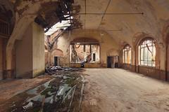 27 (mariburg) Tags: abandoned rotten marode 6d canoneos6d forgotten ruin decay desolate derelict canonef1635mmf4lisusm