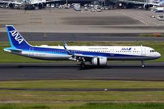 All Nippon Airways | Airbus A321-200N | JA133A | Tokyo Haneda (Dennis HKG) Tags: aircraft airplane airport plane planespotting staralliance canon 7d 100400 tokyo haneda rjtt hnd allnipponairways allnippon ana nh japan airbus a321 airbusa321 a321neo airbusa321neo sharklets a21n ja133a