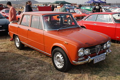 DSC00786 (picturesofthingsilike) Tags: zwartkops cars in the park august 2018 car show classic south africa