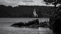 Vårviks Kyrka (Vårvik's Church) (NaturaRAW) Tags: 2018 bengtsfors blackwhite church fujifilmfujinonxf14xtcwr fujifilmfujinonxf50140mmf28rlmoiswr fujifilmxe3 gustavsfors landscape monochrome nature svartvitt västrasilen vårvikskyrka västragötalandslän sverige se