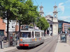 GVB 586 (jvr440) Tags: tram trolley strassenbahn amsterdam gvb ema elektrische museumtramlijn bolkop waterlooplein