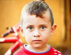 Portrait 9 (Isai Hernandez) Tags: children niños portrait retrato eyes eyesgreen orange boy photography naturephotography nikon photographer