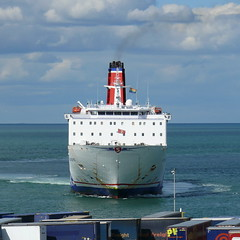 18 08 10 Stena Europe arriving Rosslare (20) (pghcork) Tags: stenaline ferry ferries carferry stenaeurope ireland wexford rosslare ships shipping