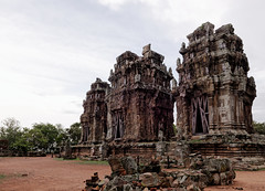 Phnom Krom Temple (unsharptooth) Tags: temple siemreap hinduism cambodia phnomkrom phnomkromtemple khmer travel travelphotography ancientruins landscape landscapephotography