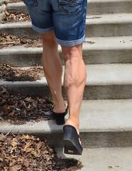 DSC_0014jj (ARDENT PHOTOGRAPHER) Tags: muscular muscularcalves flexing mature