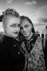 MeraLuna_2018 (44) (uwesacher) Tags: porträt personen himmel mera luna 2018 hildesheim flughafen sonne wolken bw sw mèraluna einfarbig steampunk