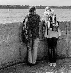 Contemplation (fred ettendorff) Tags: landscape maritimes mer noiretblanc paysages personnages photosderue sortiemer saintmalo bretagne france fr